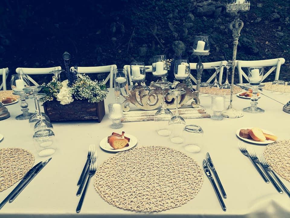 tavolata-matrimonio-in-giardino-dettagli.jpg